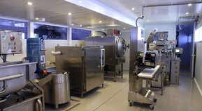 Pilot plant for technical-practical advice on the development of new packaging technologies and cryogenic processes for the food industry.